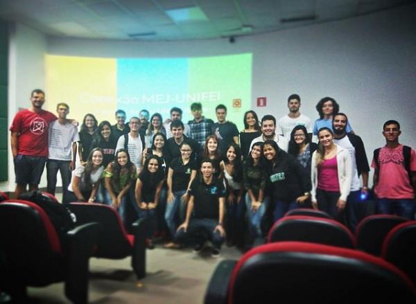 Evento Em Itabira Discute Importância de Empresas Juniores Na Universidade